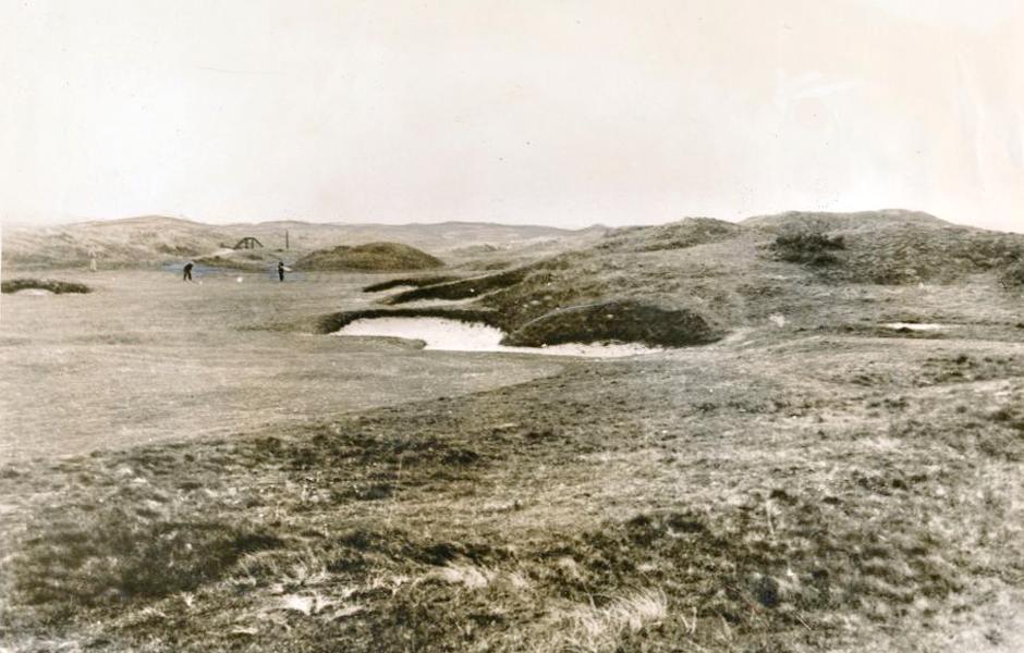 Carnoustie vuoden 1931 asussaan. Samana vuonna kentällä pelattiin Open Championship, jonka Tommy Armour voitti.