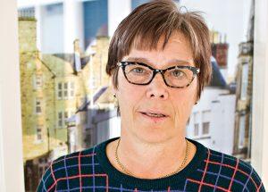 Saadaanko Elisabeth Spåresta Suomen Golfliiton ensimmäinen naispuolinen puheenjohtaja? Se on kiinni ennen kaikkea hänestä itsestään.
