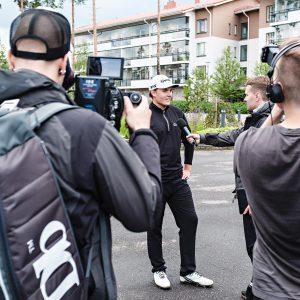 Sami Välimäki pääsi moneen otteeseen median tenttiin.
